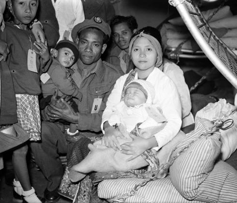 Moluccan soldiers arrive in Rotterdam with their families, on March 22nd 1951.